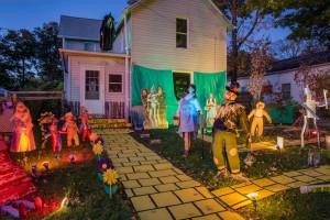 Paula Fetterolf Halloween Display; Cranesville, PA 2009