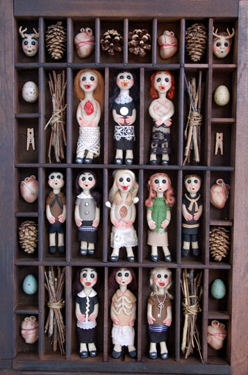 """""""11 Doll Box"""" by Amber Groome"""